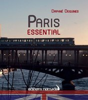 Guide capitales - paris essential (anglais)