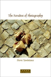 The paradox of photography